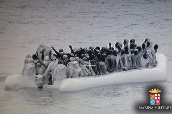 Migranti - Salvataggio delle Navi della Mrina