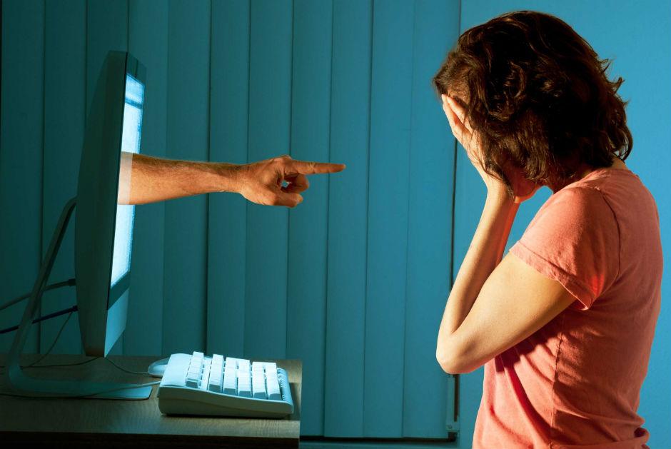 cyberbullismo-definizione
