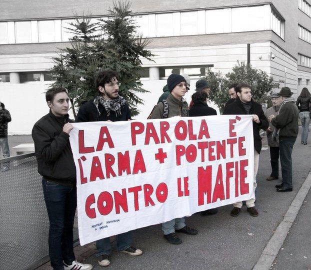 wpid-manifestazione-studentesca-contro-le-infiltrazioni-mafiose-sul-lago-di-garda.jpg