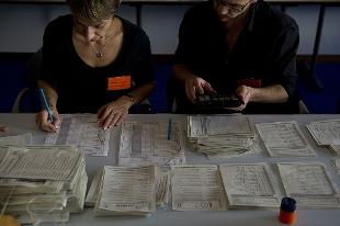 foto referendum svizzero