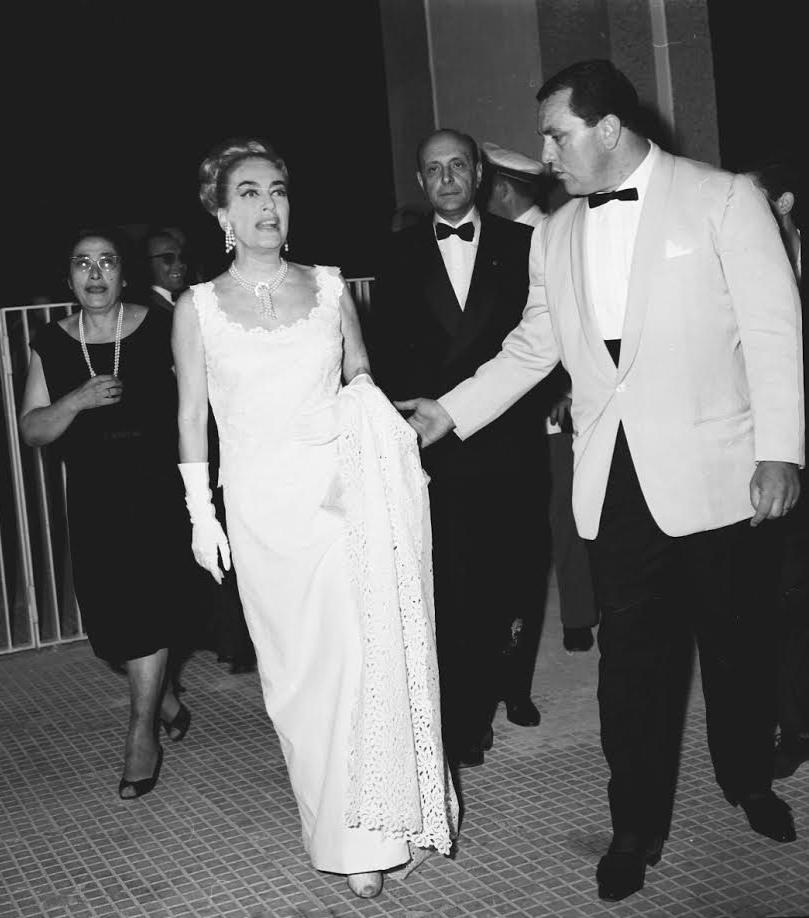 L'attrice Joan Crawford e Mimma Ferraro (foto Vizzini)