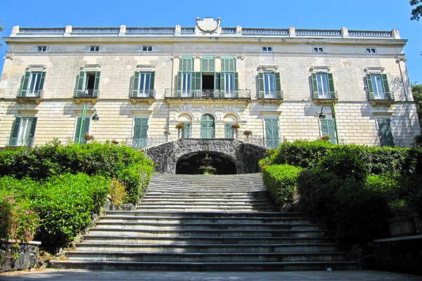museo cercamica villa floridiana