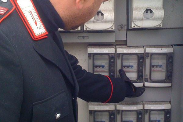 furto-energia-elettrica-600x399