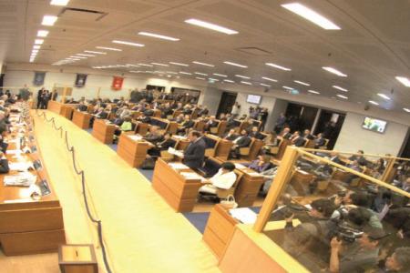 Campania, dietrofront sulle modifiche alla legge elettorale