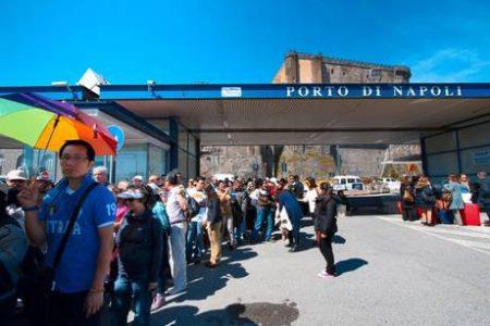 Più turisti stranieri che italiani, storico sorpasso per l'effetto crisi