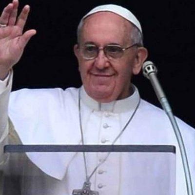 """Papa Francesco: """"Perdonate le persone e le istituzioni che chiudono la porta agli immigrati"""""""