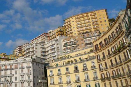 Napoli, ancora in calo vendite e fitti nel mercato immobiliare