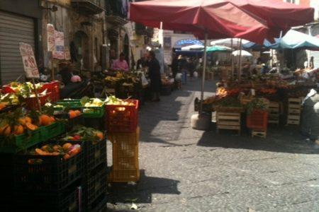 Napoli, nuove opportunità di lavoro nei mercatini