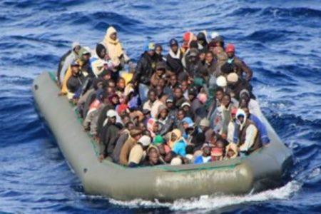 Immigrati, la Marina salva altre 4000 persone nel week end