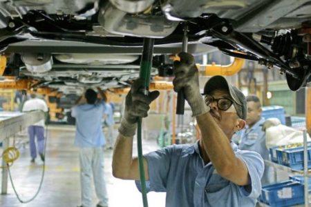 Industria e servizi, 173mila assunzioni, ma quasi tutte nel Centro-Nord
