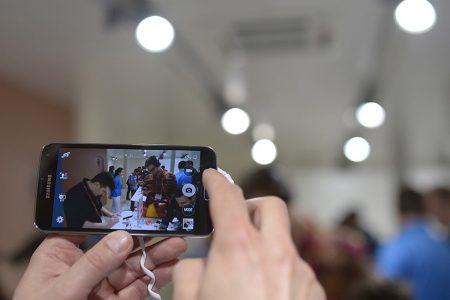 Arriva il Samsung Galaxy S5, ecco come è fatto il cellulare anti I-phone