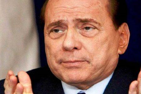 Le notizie del giorno. Riforme, Renzi strappa la fiducia – Berlusconi: sul mercato Milan e Mediaset