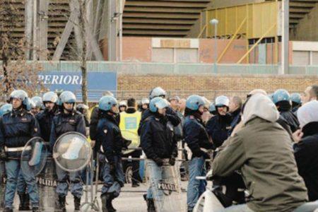 Pugno duro contro la violenza negli stadi, scatta l'arresto per odio razziale