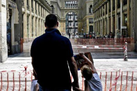 La tragedia della Galleria Umberto: in arrivo 40 avvisi per la morte di Salvatore