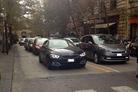 Napoli, domenica ecologica con il solito caos: la denuncia delle associazioni