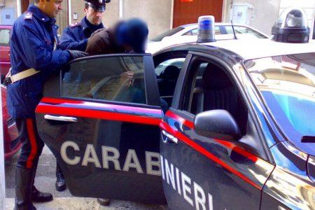 Sparano a padre e figlio, tre arresti a Forcella. Nel commando anche un minorenne