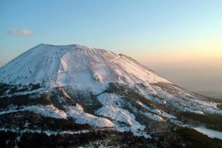 Rischio Vesuvio, entro ottobre i piani di evacuazione da 25 Comuni