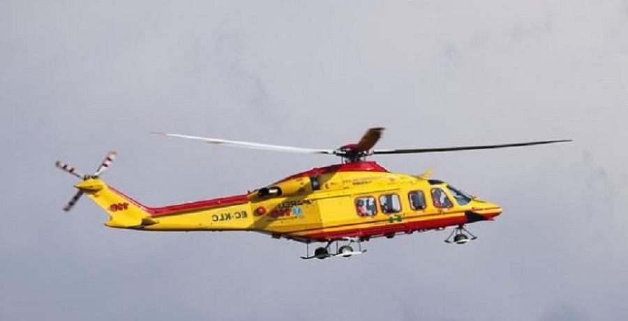 Neanche una barella per la neonata e un elicottero per il direttore del 118, bufera sulla sanità siciliana