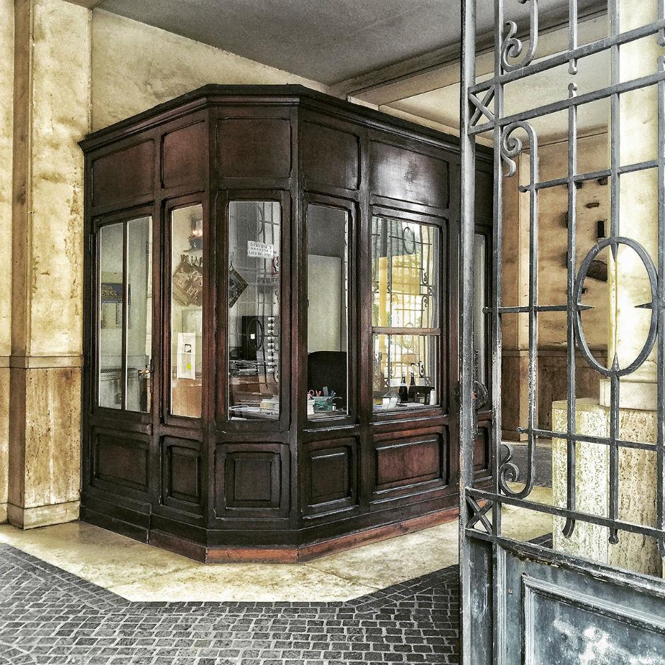 Problemi e risposte: come licenziare il portiere del palazzo