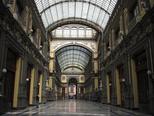 I gioielli di Napoli da recuperare, 300mila euro per la Galleria Principe