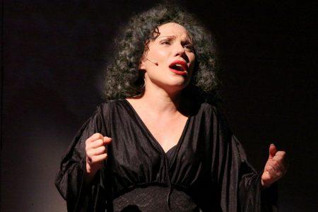 Napoli, Je chante Piaf al nuovo teatro Sancarluccio