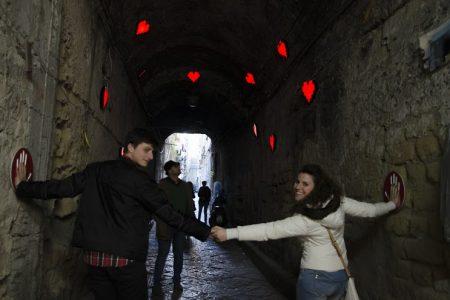 Il festival di bacio, il cuore rosso di Napoli