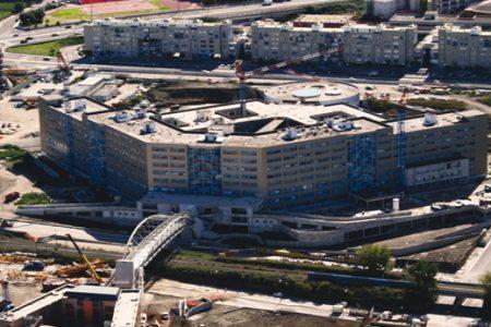 Napoli, la storia infinita dell'Ospedale del Mare: ora si parte fra le polemiche
