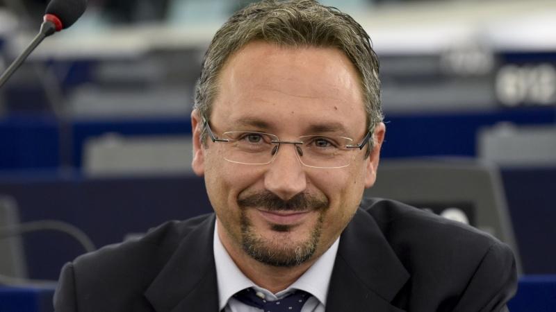 Maggiori tutele e più sicurezza per gli ammalati ricoverati negli ospedali europei, via libera al rapporto Pedicini