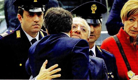 Renzi- De Luca, è guerra, la Campania nella morsa della Severino