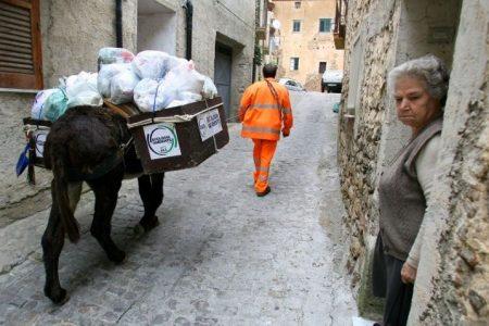 """LE ECCELLENZE DEL SUD. A Castelbuono (Sicilia) la raccolta di rifiuti più """"pulita"""" d'Italia"""