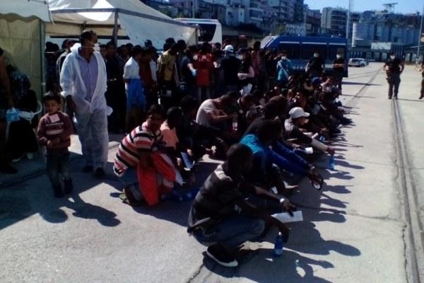 Calabria, immigrati in strada per chiedere asilo anche a Pasqua