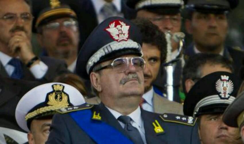 """Inchiesta Ischia, l'ira del generale della Finanza Adinolfi: """"Mi hanno trascinato nel fango…"""""""