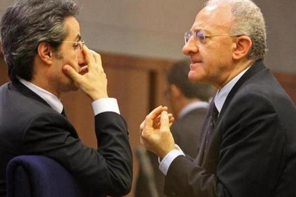 """De Luca: """"Non sarò sospeso"""". Caldoro: """"Se vince si torna a votare"""""""