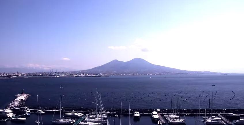Napoli? Non è un luogo comune…