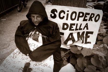 Il caso Attanasio e le catene che non possono fermare la libertà di stampa