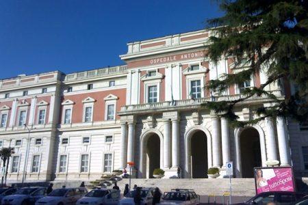Napoli: troppi 200 chili per una Tac, così è morta Rosa Sessa