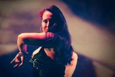 Ballando con Dante: le danzatrici del ventre portano in scena la Divina Commedia