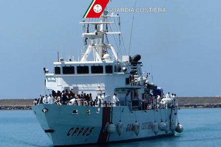 Reggio Calabria, arrivano 371 migranti