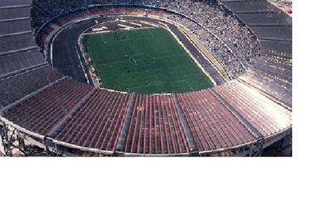 De Magistris: lo stadio è dei Napoletani, non della Società  Calcio Napoli