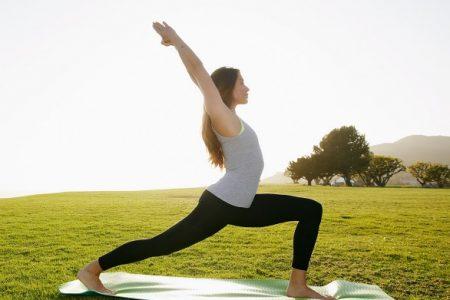 Lo yoga: un ponte tra passato e futuro
