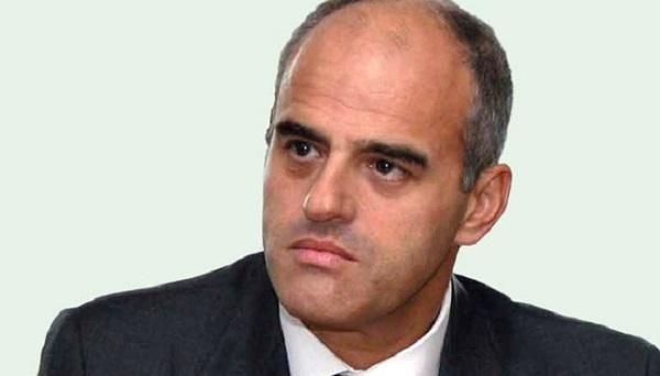 Complotto ai danni dell'amministratore delegato dell'Eni, inchiesta della Procura di Trani