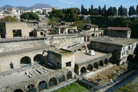 Ercolano, manca il personale: scavi vietati ai turisti