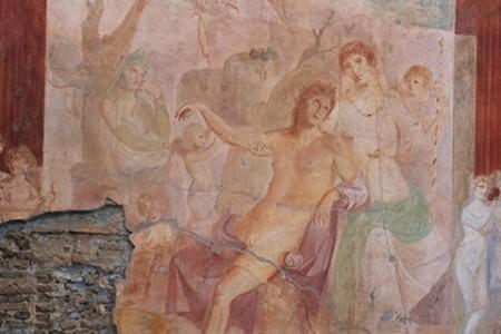 Pompei, restaurato l'affreco dell'Adone ferito con i diritti del libro di Alberto Angela