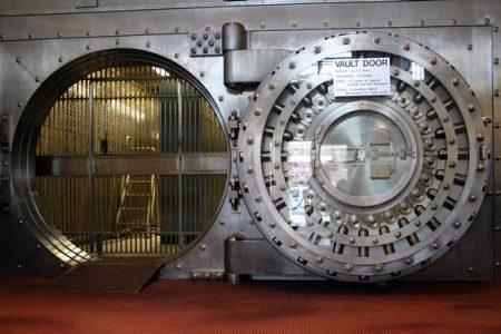 Banche, arriva il decreto che salva i correntisti