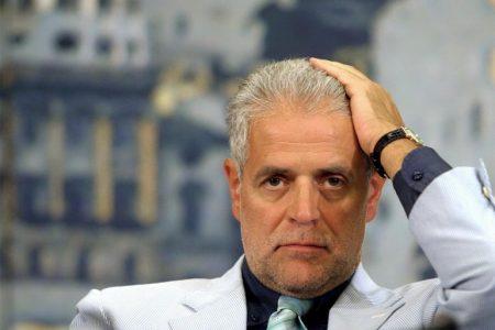 "Unioni Civili, ""gay isterici"": bufera sul tweet di Formigoni"
