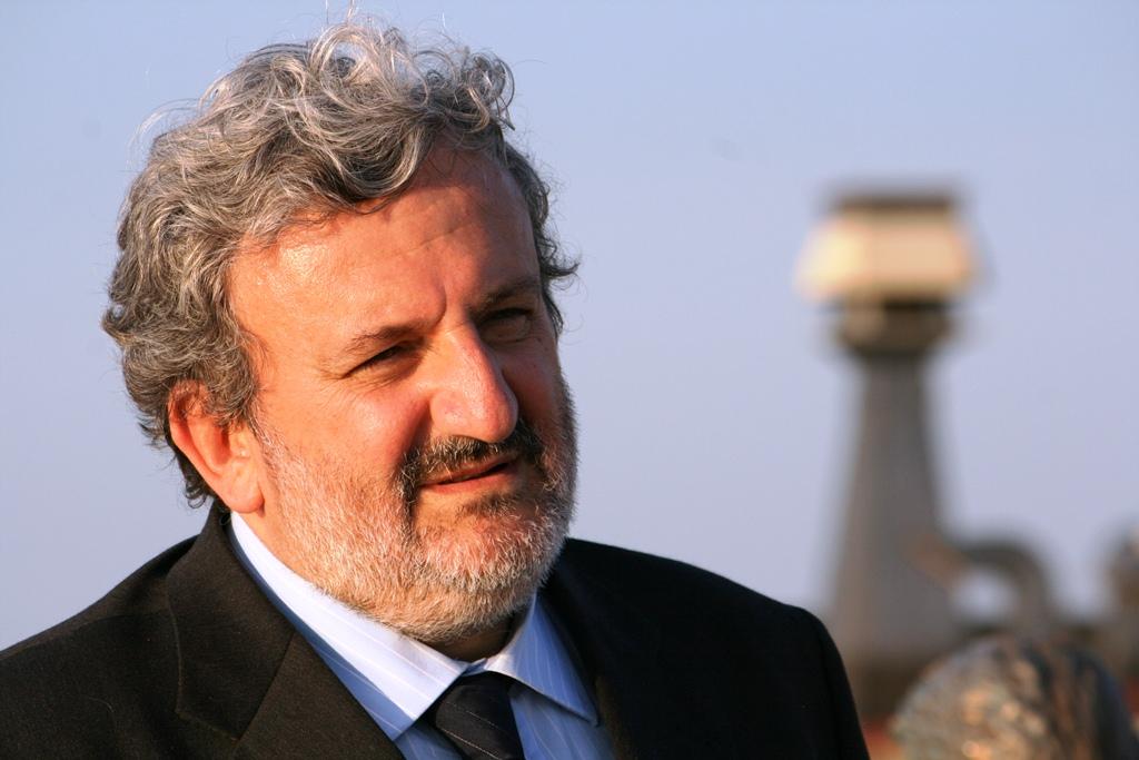"""Referendum Trivelle, Emiliano contro Renzi: """"In gioco il futuro dei pugliesi"""""""