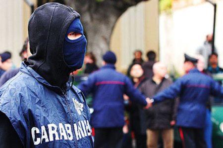 Blitz dei Carabinieri contro il clan Nuzzi: 200 militari impegnati