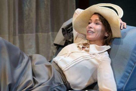 """Al Teatro stabile di Catania nello""""Scandalo"""" del Perbenismo, intervista con Stefania Rocca"""