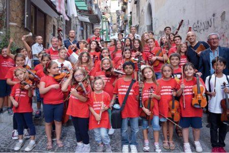 Quartieri Spagnoli la carica idei 42 bambini che hanno stregato l'Italia