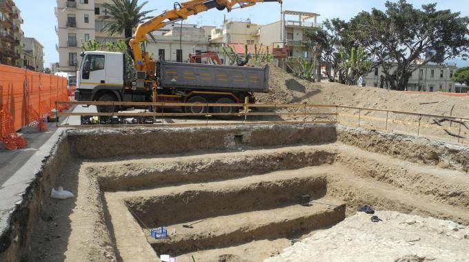 Reggio Calabria, la scoperta: una tomba del primo secolo racconta gli splendori dell'antica Rhegium